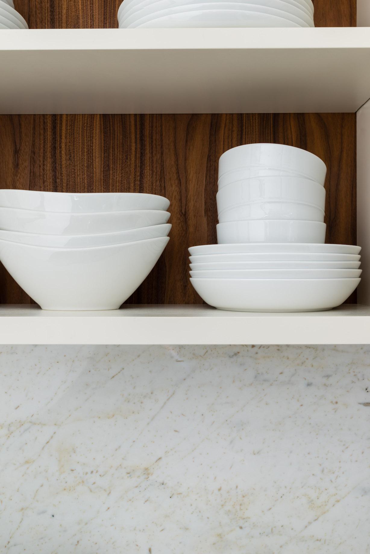 beth-bourque-design-studio-custom-kitchen-design-custom-range-hood-in-wood-interior-design-milton-ma